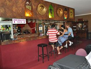 Castle Motor Lodge Whitsunday Islands - Pub/Lounge
