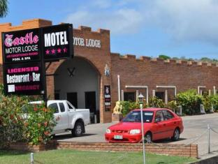 Castle Motor Lodge Kepulauan Whitsunday - Tampilan Luar Hotel
