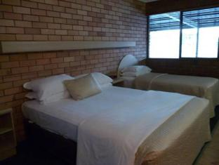 Castle Motor Lodge Whitsundays - अतिथि कक्ष