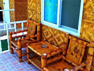 Alona Garden Hotel Bohol - Μπαλκόνι/Βεράντα