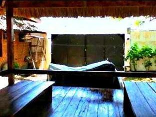 Alona Garden Hotel Bohol - Hotellet indefra