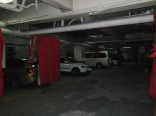 Hotel Sogo Cainta Cainta - Hotel Parking