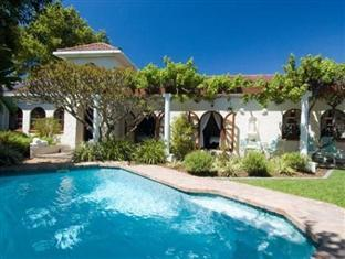 Tiana Guest House Cape Town - Tiana Guest House
