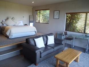 Chardy Ridge Accommodation Auckland - Tui Room