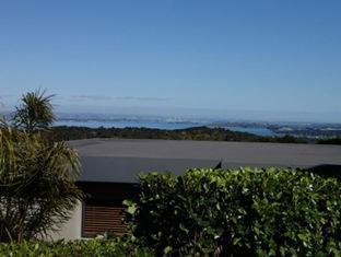 Chardy Ridge Accommodation Auckland - View