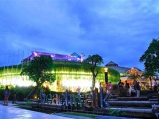 Bemo Corner Guest House Bali - Çevre