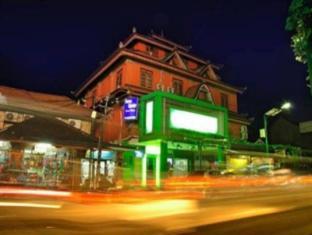 Bemo Corner Guest House Bali - Tampilan Luar Hotel