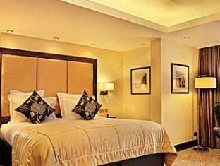 London City Suites London - Guest Room
