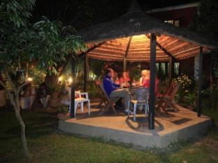 Chitwan Adventure Resort Taman Negara Chitwan - Bahagian Luar Hotel