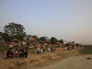 Chitwan Adventure Resort Chitwan National Park - Aplinka