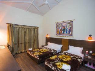 Chitwan Adventure Resort Chitwan Nemzeti Park - Vendégszoba