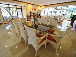 Vacation Hotel Cebu सेबू - कॉफी शॉप/कैफे