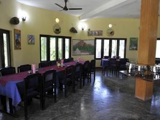 Travellers Jungle Camp Công viên Chitwan - Nhà hàng