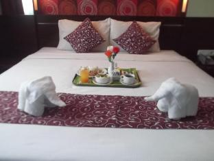 foto2penginapan-Pose_In_Hotel_Solo