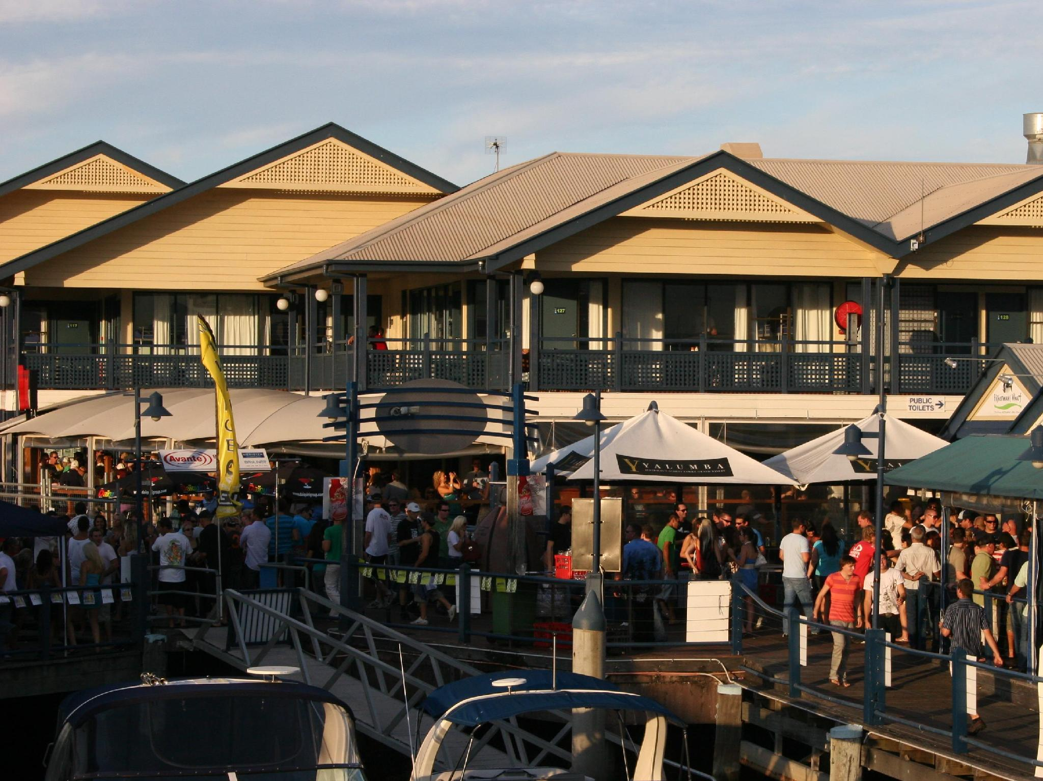 Surfers Paradise YHA - Hotell och Boende i Australien , Guldkusten