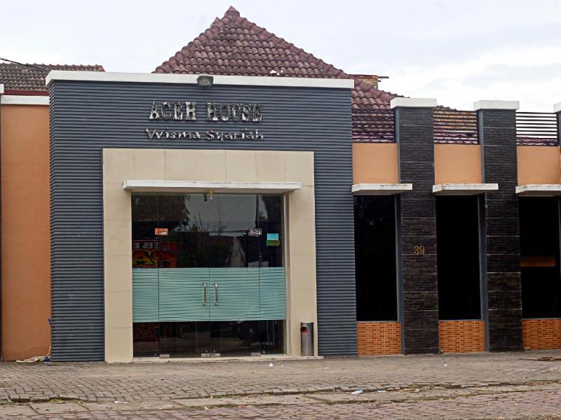 Hotel Syariah Aceh House Wahid Hasyim מדאן