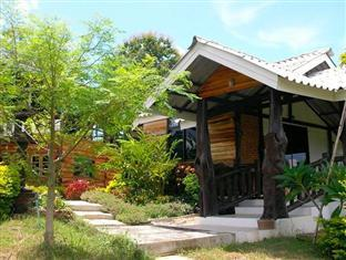 Raksri Homestay - Hotels and Accommodation in Thailand, Asia