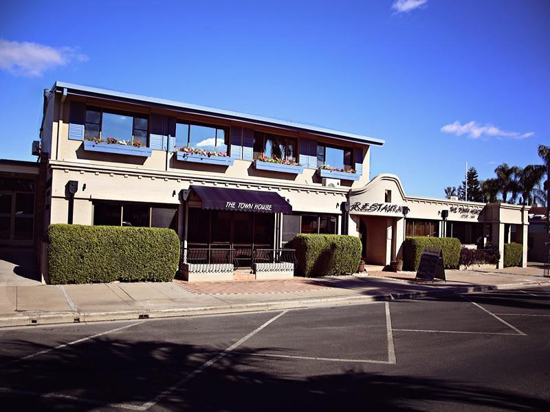 The Town House Motor Inn & Restaurant - Hotell och Boende i Australien , Goondiwindi