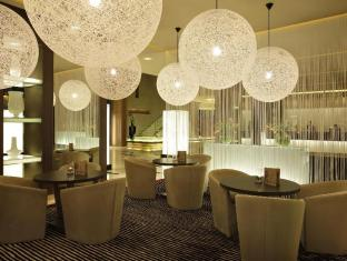 Park Arjaan by Rotana Hotel Abu Dhabi - Food, drink and entertainment