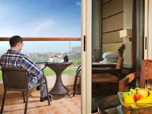 Khalidiya Palace Rayhaan by Rotana Abu Dhabi - Premium Room with Balcony