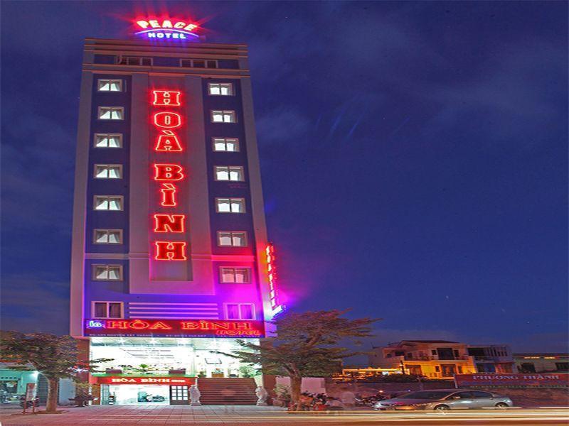 Hoa Binh Hotel Danang - Hotell och Boende i Vietnam , Da Nang