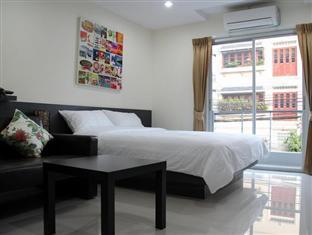 Lively Guest House Bangkok
