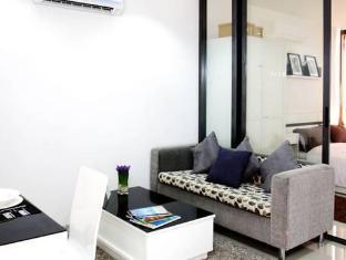 The Square Condominium Phuket - Interior del hotel