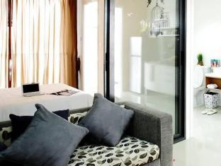 The Square Condominium Phuket - Gästezimmer