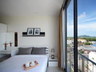 The Square Condominium Phuket - Okružje