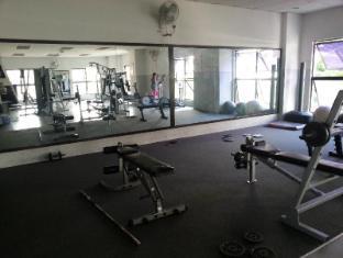 Malaysia Hotel Accommodation Cheap | Marina Court Vacation Home Kota Kinabalu - Gym room