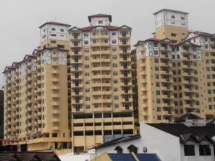 HK Apartments @ Crown Imperial Court - 3 star located at Cameron Highlands