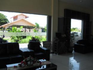Marina Hotel Semporna - Lobby