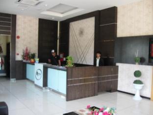 Marina Hotel Semporna - Reception