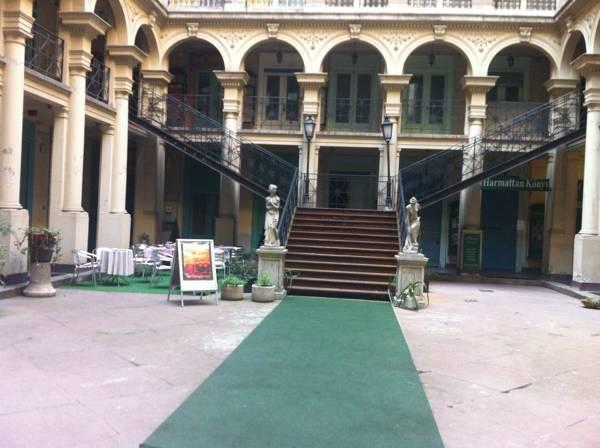 Elizabeth Bridge Hostel Boedapest - Hotel exterieur