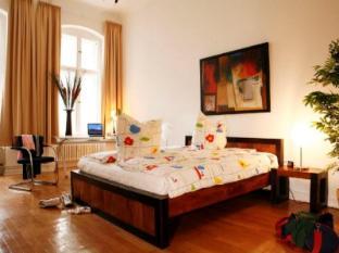 Stars Guesthouse Berlin ברלין - חדר שינה