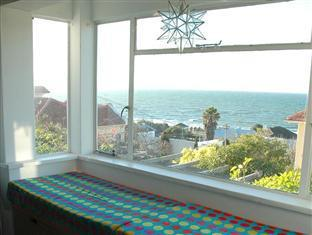 Blue On Blue Bed and Breakfast Cape Town - Lounge Bay Window
