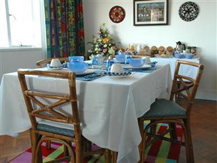 Blue On Blue Bed and Breakfast Cape Town - Dining Room