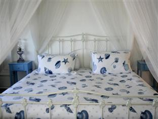 Blue On Blue Bed and Breakfast Cape Town - Honeymoon Suite