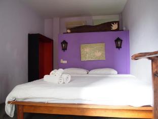 Boondaree Home Resort Phuket - Guest Room