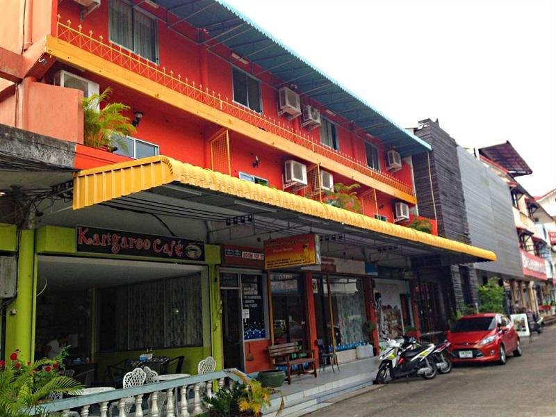 Hotell Kangaroo Guesthouse i Karon, Phuket. Klicka för att läsa mer och skicka bokningsförfrågan