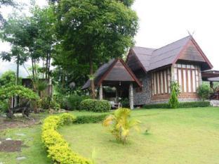 john garden resort