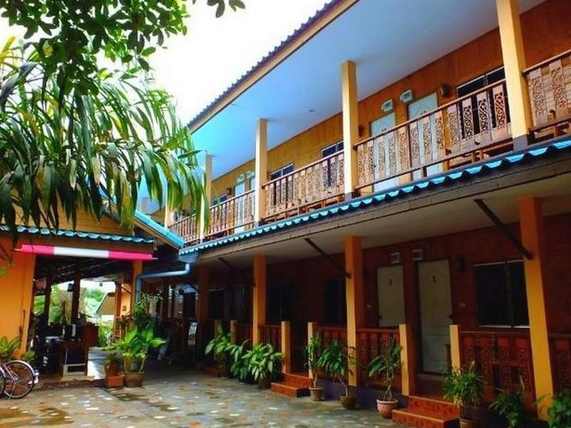 Tamarind Guesthouse Kanchanaburi - Hotels and Accommodation in Thailand, Asia