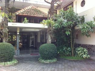 Alamat Hotel Murah Hotel Geger Kalong Asri Bandung