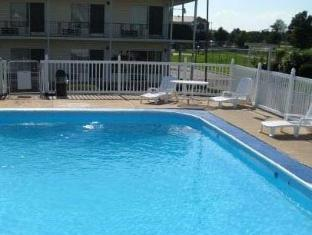 Plaza Inn Springfield Springfield (MO) - Swimming Pool