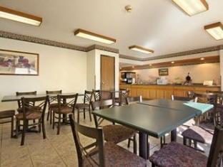 Super 8 Gallipolis Pt Pleasant Area Hotel Gallipolis (OH) - Restaurant