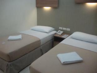 The Center Suites Cebu - Guest Room