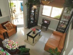 The Gabriella Bed and Breakfast Bohol - Hotellet indefra
