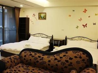 Tomato Rooms Hostel - Room type photo