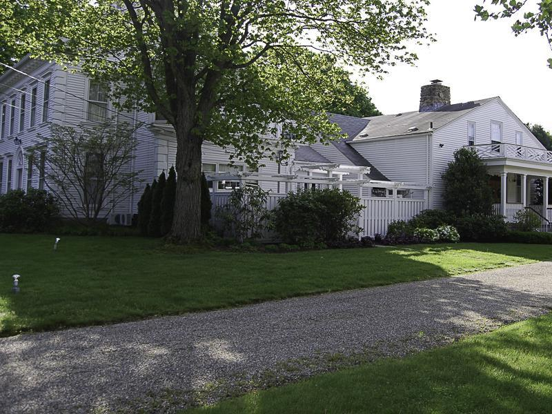 Captain Stannard Bed And Breakfast Country Inn Westbrook (CT) - Exterior