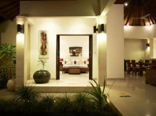 Kokomo Resort picture